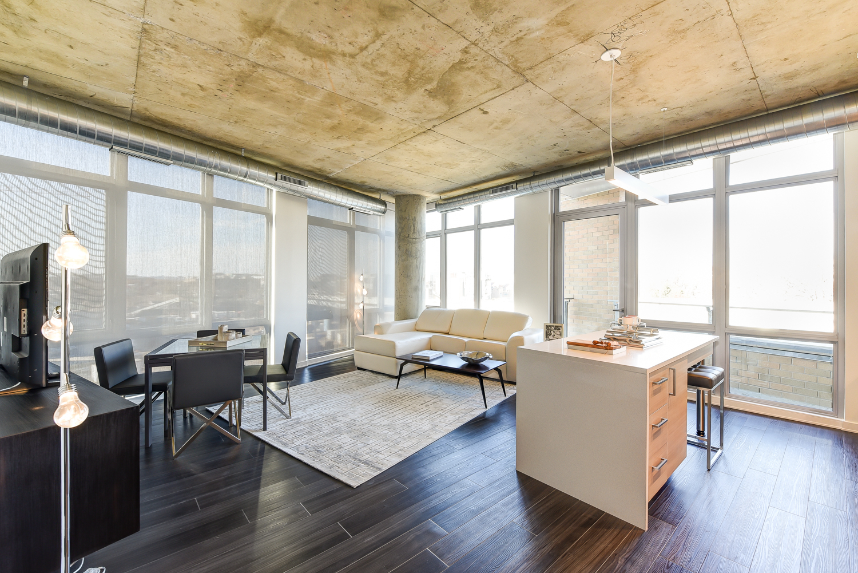 Agora-three-bedroom-apartment-dining-and-livingroom