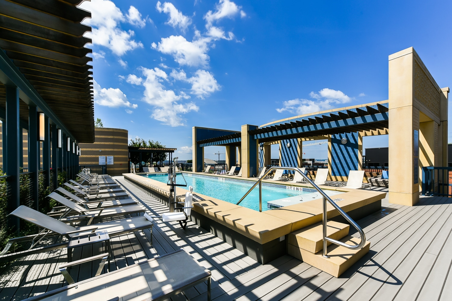 The-Collective-Pool-Roof-Top-Washington-Dc